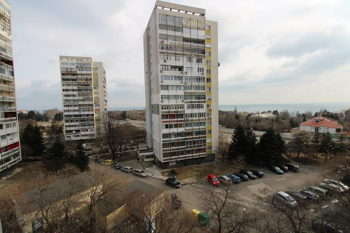 Chetiristaen Apartament S Morska Gledka Kv Chajka Gr Varna